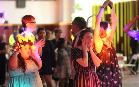 Buddies Host Prom